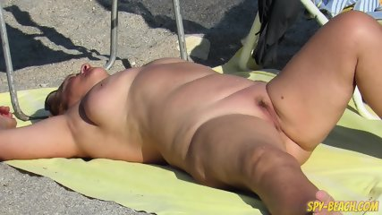 Nude Beach Voyeur Amateur - Close-Up Pussy MIlf - scene 7