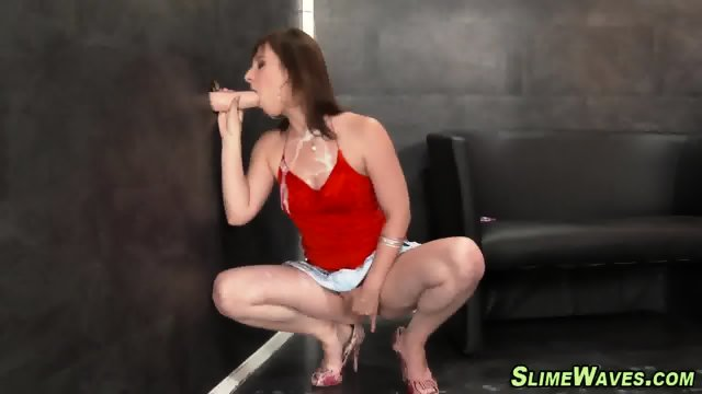 Glam whore rubbing pussy