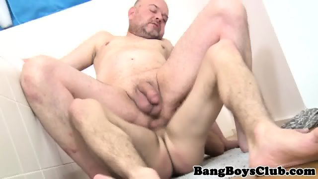 Rimmed Twink Fucks Mature Ass Raw In Bathroom