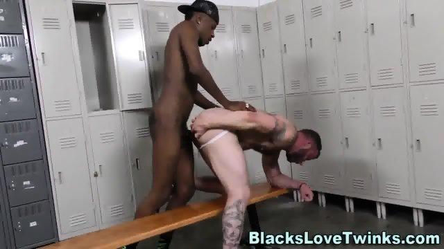 Jock Rides Black Schlong