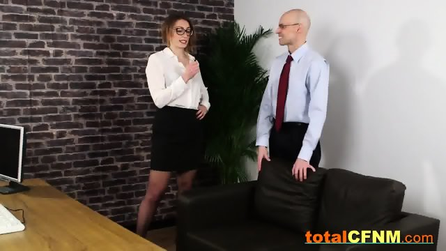 Assistant bangs up the boss
