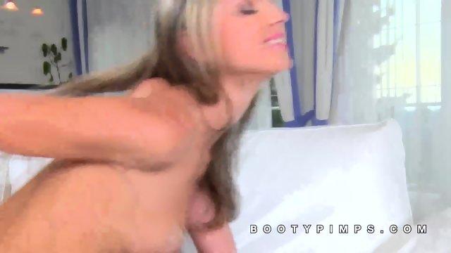Gina Gerson fitness pornstar fucked deep - scene 7