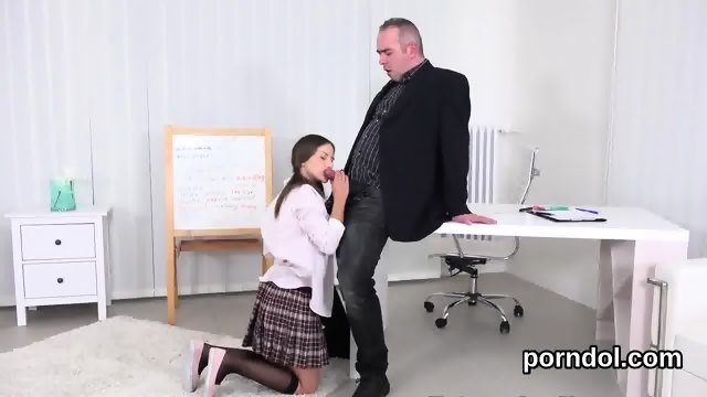 Ideal schoolgirl was seduced and nailed by her elderly mentor - scene 3