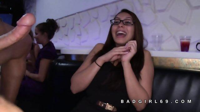 Women lose minds for big stripper cocks - scene 11