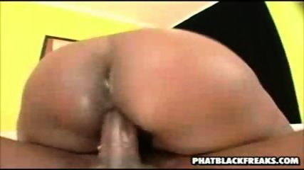 Huge black freak gets fucked