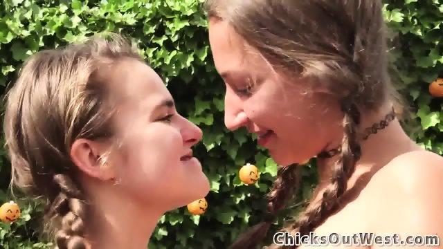 Aussie teen lesbians wam