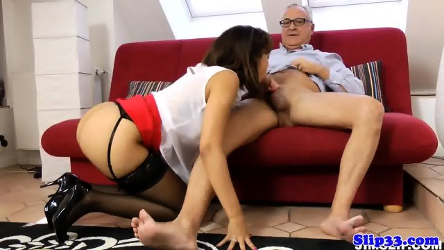 Highheeled spanish beauty pounded on couch - scene 5