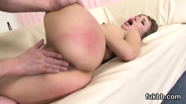 Peculiar babe stretches her muff and loves hardcore sex - scene 2