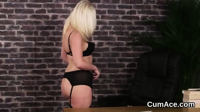 Flirty doll gets cumshot on her face swallowing all the cum - scene 4