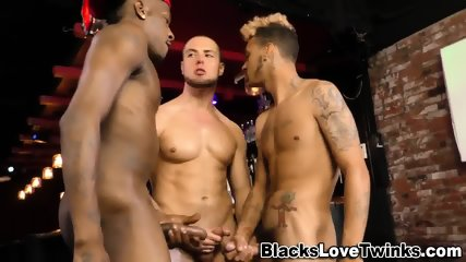 Black Guys Cum In 3way