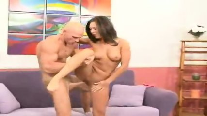 Camryn Kiss rides his big dick kneel-high