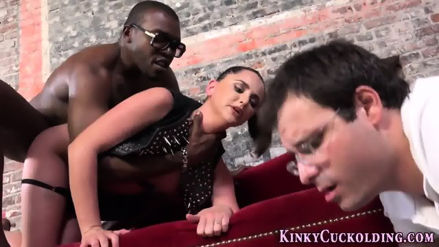 Kinky slut rides big dick