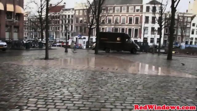 Amsterdam prostitute gets cumshowered