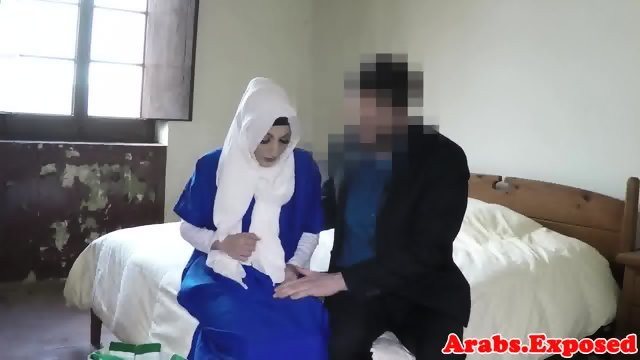 Finelooking jihab babe paid to fuck on camera