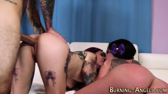 Tattooed slut eats pussy - scene 11