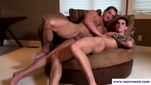 Marcus Mojo drooling on hunks cock