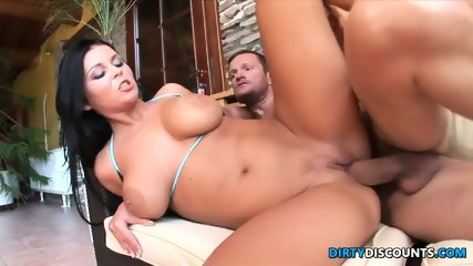 Cock Riding Babe Creamed - scene 9