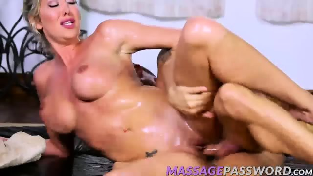 Lexi Lowe wants his hard cock in her wet tight hole - scene 11
