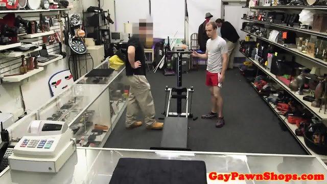 Str8 pawnshop customer assrammed - scene 3