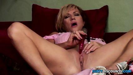 Mature Lady Facialized - scene 2