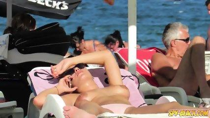Topless MILFs Amateur - Voyeur Beach HD Video+ - scene 8