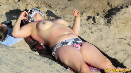 Big Tits Hot Topless MILFs - Amateur Voyeur Beach Video - scene 3