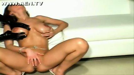 Sexy Veronica Zemanova - scene 2