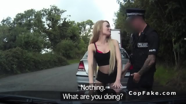 Fake cop bangs blonde in back seat