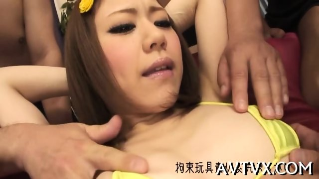 Fucking an appealing Asian chick