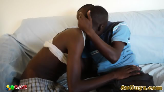 Ethnic african amateur sucking cock