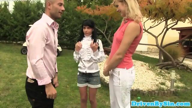 Kinky outdoor couple trio with petite babe