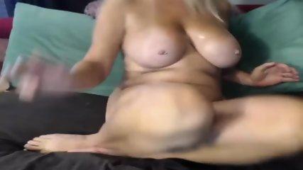 MILF Slut Play Dildo On Webcam - scene 8