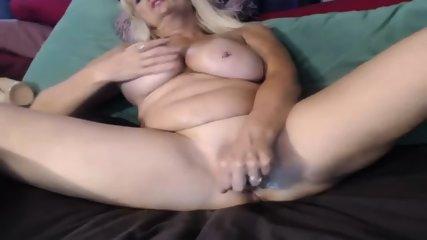 MILF Slut Play Dildo On Webcam - scene 9