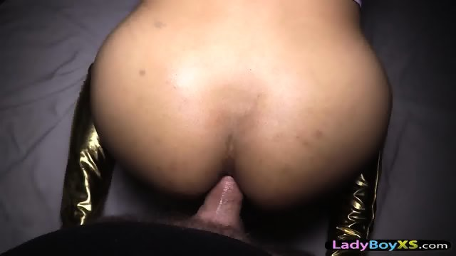 Amateur brasilian tranny bareback threesome