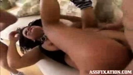 Kami Andrews lets two guys fuck her ass and mouth - scene 3