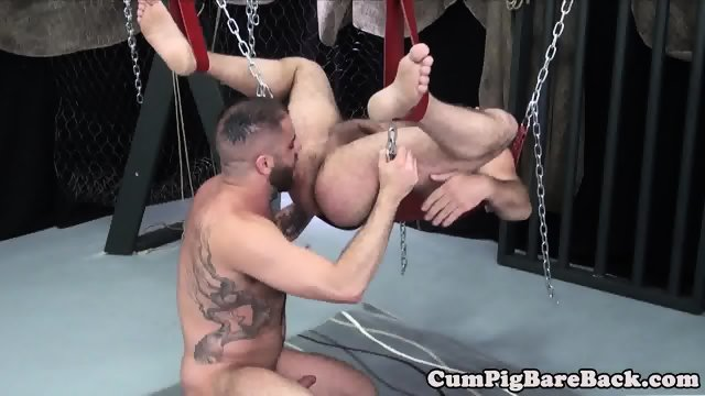 Rimmed chub cumsprayed after bare fucking