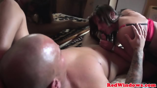 Drilled amsterdam whore jizzed in mouth - scene 8