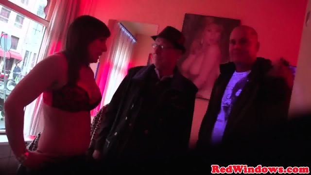 Drilled amsterdam whore jizzed in mouth - scene 6