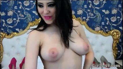 Fun on cam fingering my wet pussy - scene 12