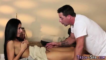 Conned babe massaged cum - scene 9