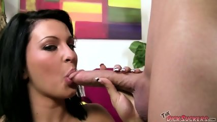 Dallas sucking a long dick