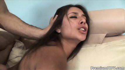 Jynx Maze - Do You Recycle - scene 8