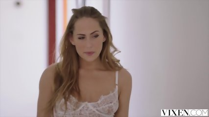 VIXEN Riley Reid Shares Her Boyfriend With Carter Cruise - scene 4