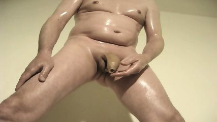 robin jerks his shaved oiled uncut monstercock 148