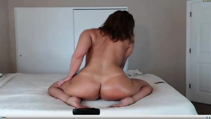 Jess Ryan- hot ass shake by webcam Show!