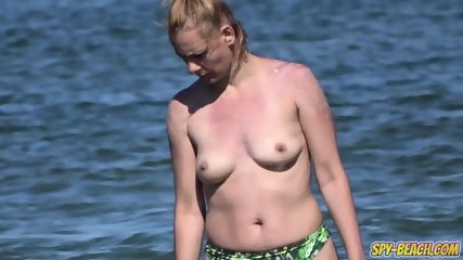 Big Boobs Amateur Beach MILFs - Topless Voyeur Beach Video