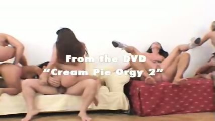 LILIA: Nasty creampies girl eats cum from pussy
