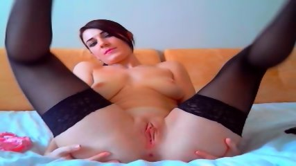 Alluring Beauty With A Great Pair Big Tits Masturbates For Me On Cam - scene 4