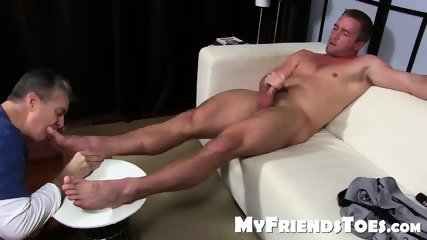Handsom Scott With Big Dick Gets Toe Sucked While Jerking