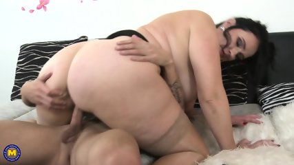 Fat Babe Gets Fucked